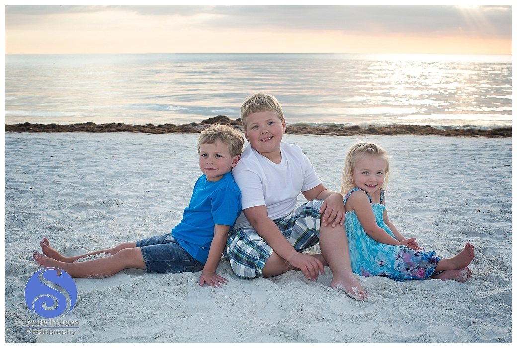 Fort Myers Pink Shell Family Photography